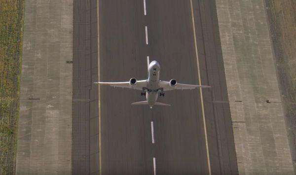 самолет боинг 787 2