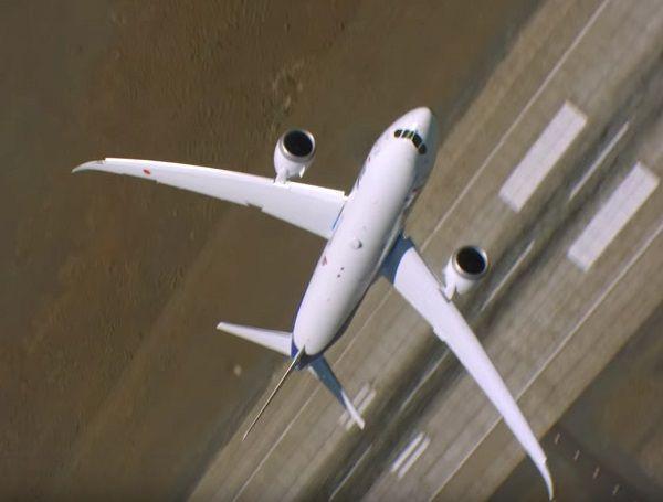 самолет боинг 787 23