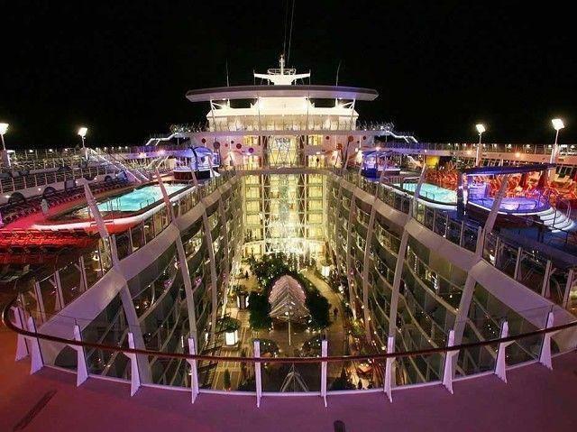 самый большой корабль в мире очарование морей3